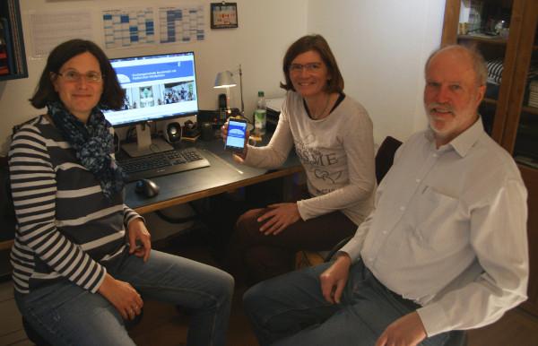 Das Webteam vlnr Isabel Kriner, Assja Neumann, Wolfgang Gnettner