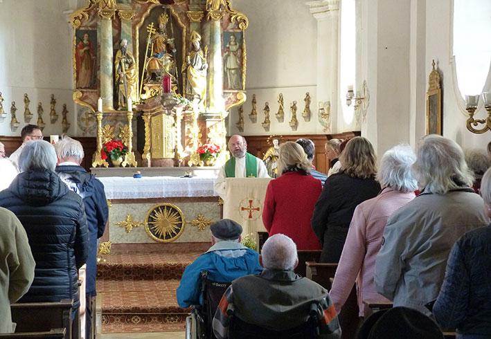 Gottesdienst in St. Peter und Paul, Westerham